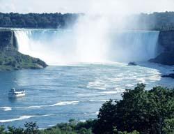 Банки играют ключевую роль в финансовой системе Канады и экономическом развитии страны.  На июль 2005 г. банковская...